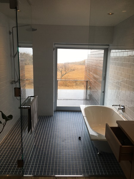 bbb haus101の客室のバスルーム