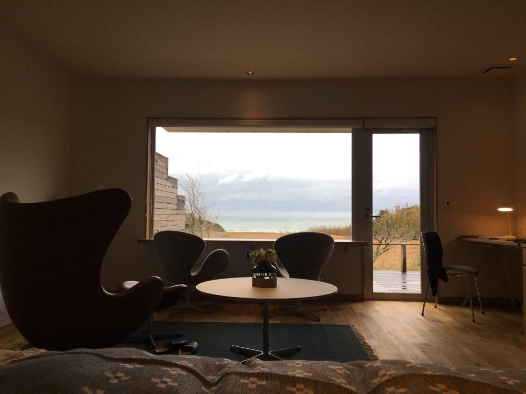 bbb hausの客室のベッドからの眺め