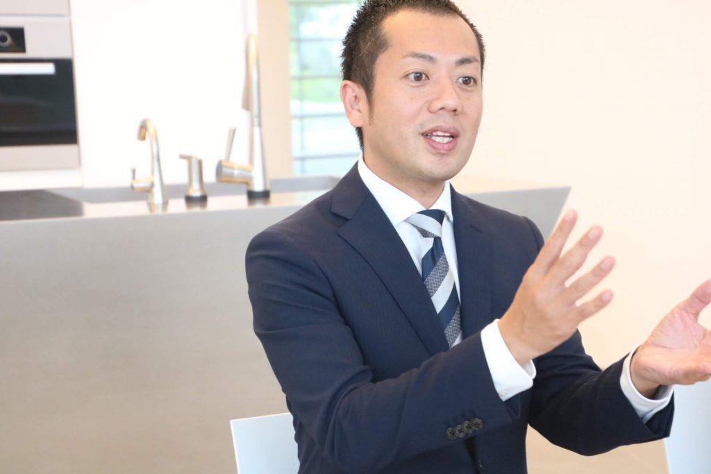 キッチンハウス福岡店 店長・百武亮様にご説明いただきました