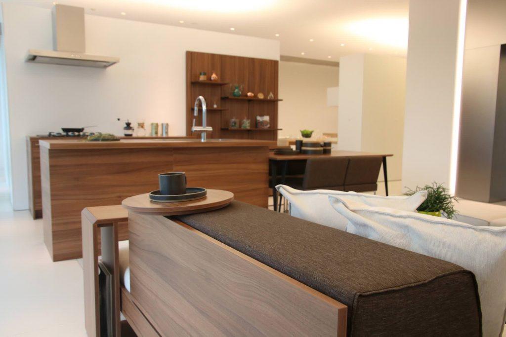 グラフテクト(GRAFTEKT)キッチンの人気カラー・ブラウン色