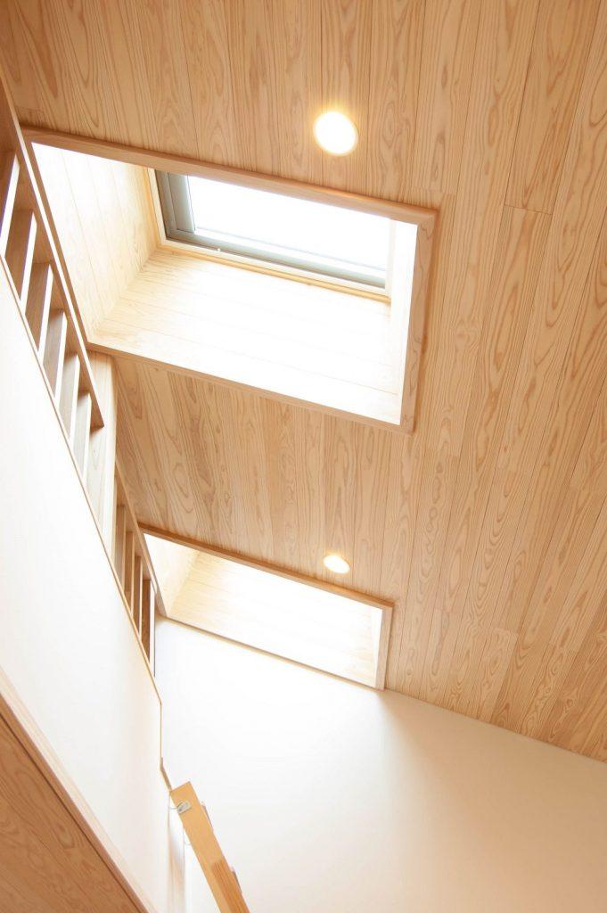【天窓】ベルックス 天窓と杉の天井