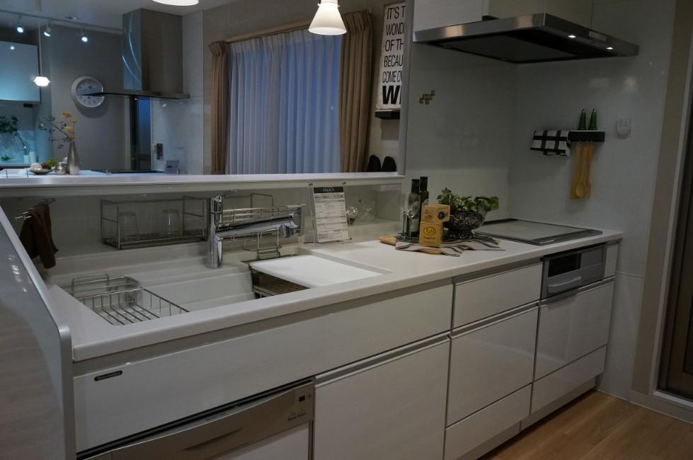 タカラスタンダードのキッチン:エマージュ1