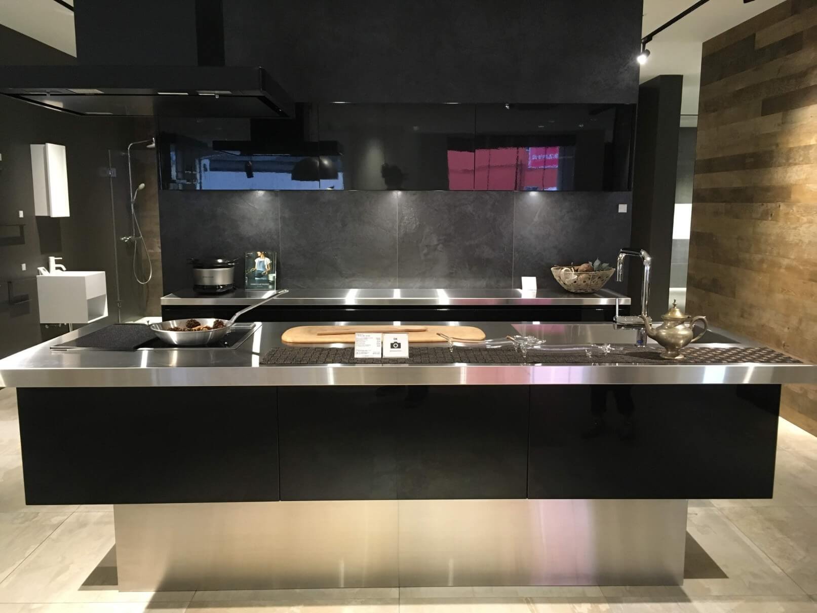 サンワカンパニーのキッチン
