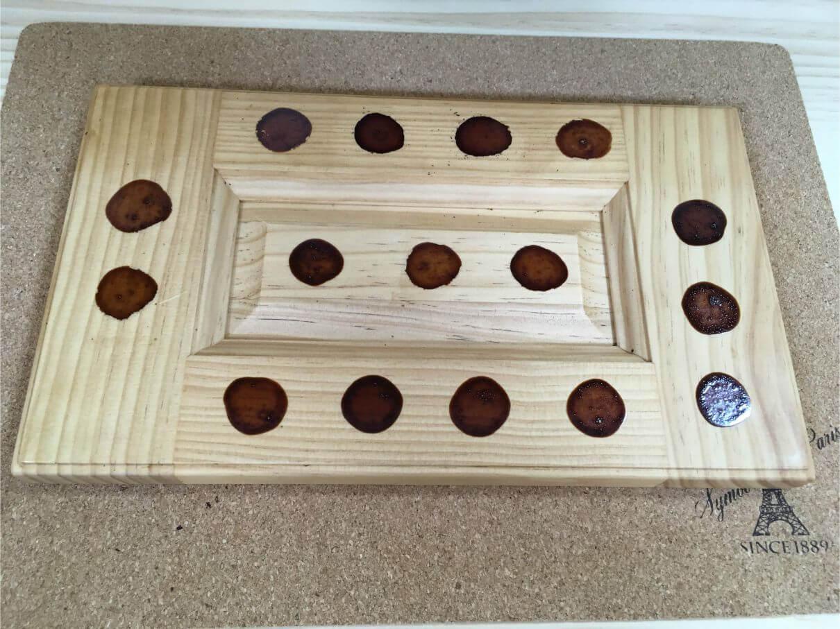 無垢の木の扉でも、ウレタン塗装でお手入れラクラク