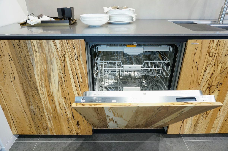 ミーレの食洗機inトリュフビーチのキッチン